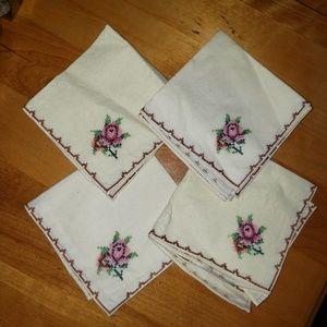 Other - Set of 4 Vintage Embroidered Napkins
